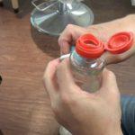 【多目的創作家具 樹木里】ペットボトル・プルタブオープナー「ペップル」使用イメージ